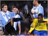 Argentina venci� 2-1 a Ecuador con goles de Aguero y Pastore en amistoso
