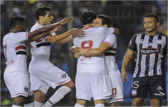 Sao Paulo venci� al Emeiec y es el primer semifinalista de la Copa Suramericana