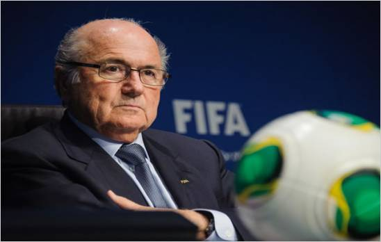 Joseph Blatter renunci� a la FIFA despu�s de 17 a�os tras esc�ndalo
